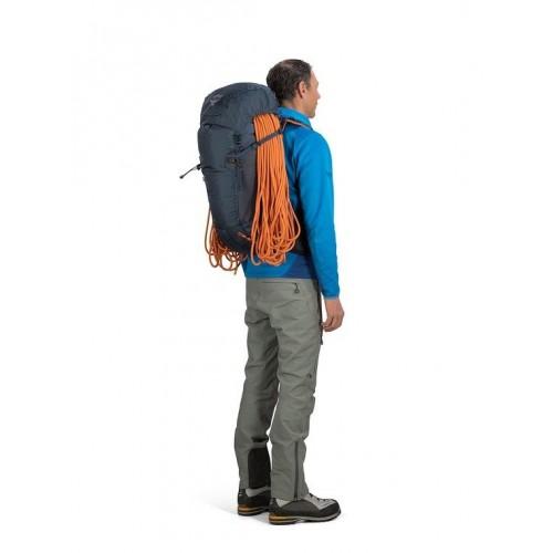Рюкзак Osprey Mutant 38, цвет Black Ice, универсальный рюкзак для восхождений и альпинизма.