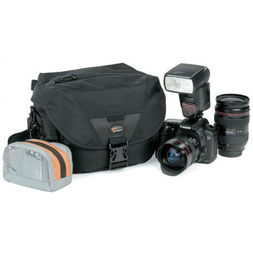 Фоторюкзак Lowepro Stealth Reporter D100 AW